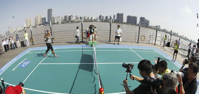Serena Williams attends the player's activity in Changjiang River